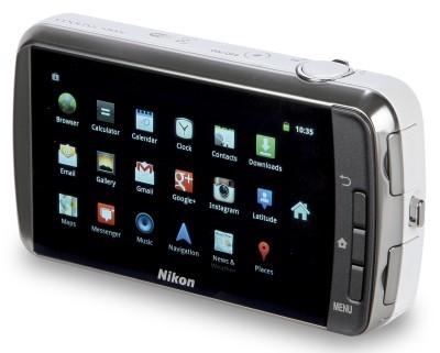 Nikon-Coolpix-S800c-back