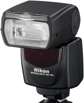 nikon_sb_700_speedlight