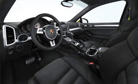 2014-Porsche-Macan-3