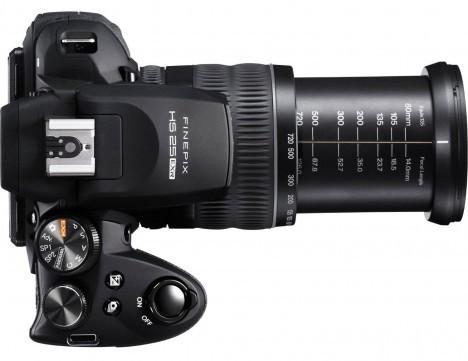 Fujifilm-FinePix-HS25EXR-