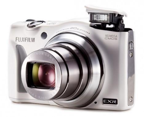 fujifilm-finepix-f750exr-3