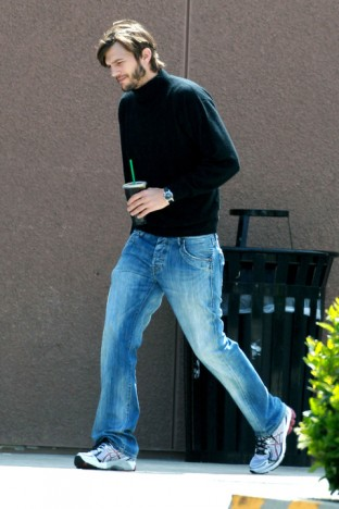 **EXCLUSIVE** Ashton Kutcher looks the spitting image of a young Steve Jobs as he grabs a coffee ahead of the start of filming his upcoming biopic on the late Apple honcho