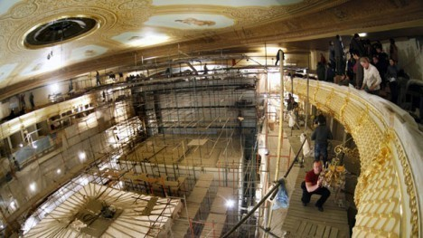 li-bolshoi-theatre