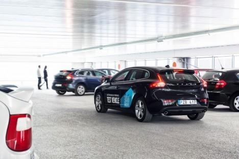 volvo-autonomous-parking_1
