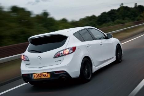 2013-Mazda-3-2