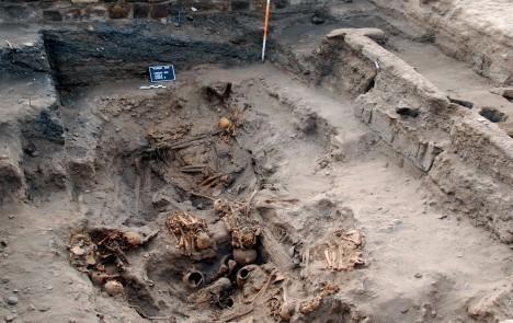 Pachacamac-tomb