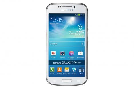 Samsung_Galaxy_S4_zoom-1