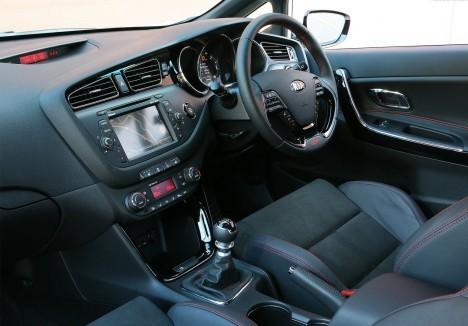 Kia-Pro-Ceed-GT5
