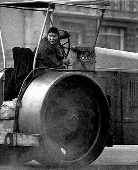 советская-женщина