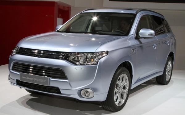 2013-Mitsubishi-Outlander1