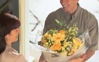 Доставка цветов - приятный сюрприз для женщины