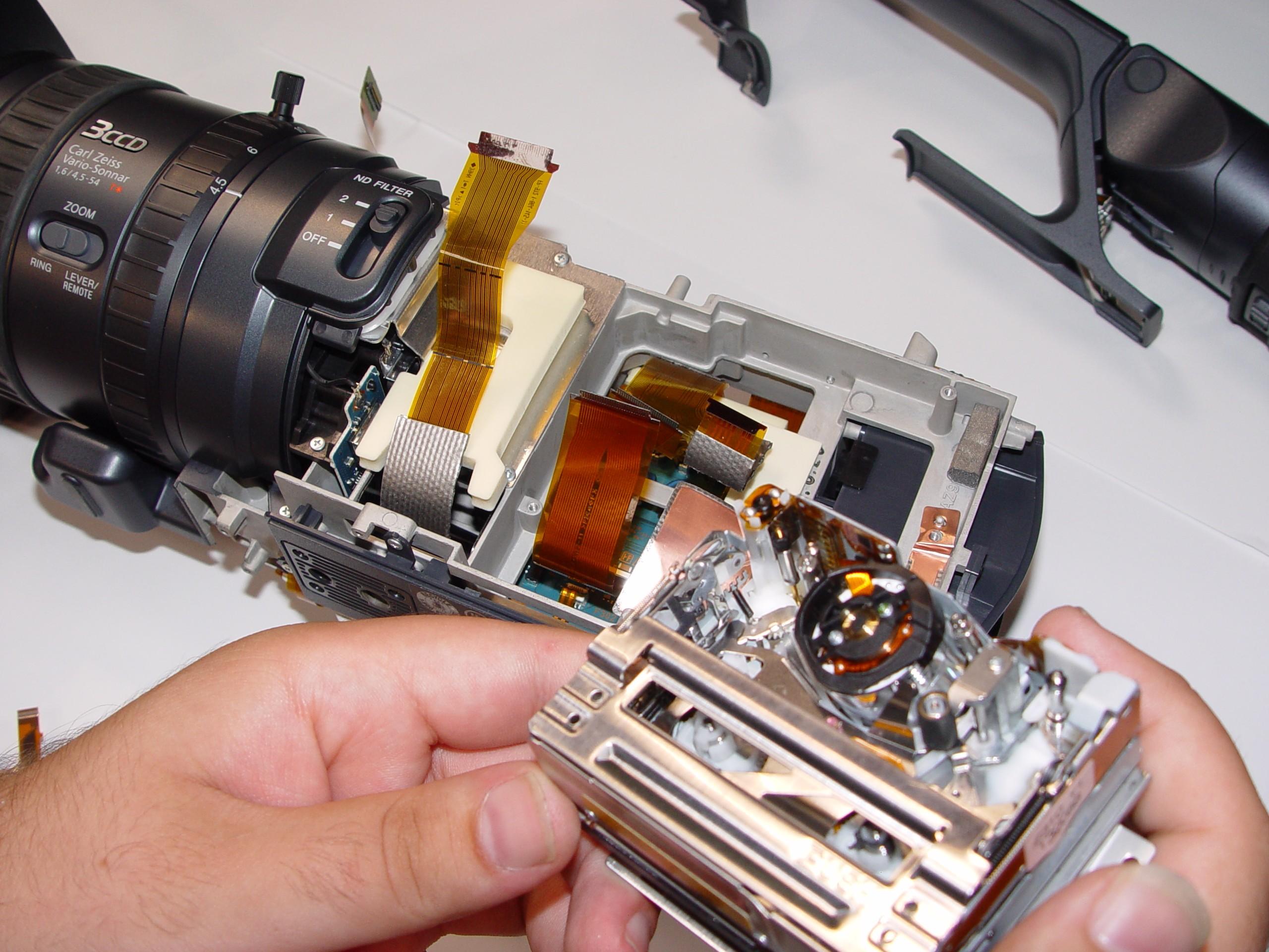 где починить зеркальный фотоаппарат