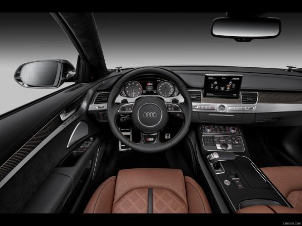 Audi S8 салон