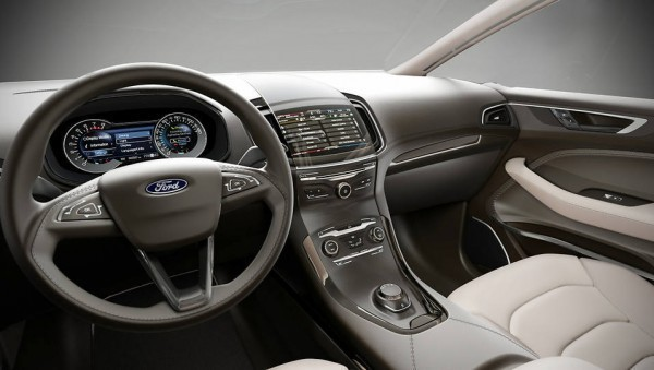 Ford S-MAX-1