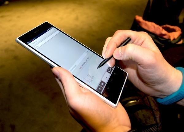 Sony Xperia Z Ultra-2