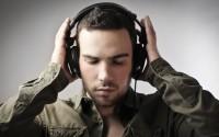 Где можно бесплатно послушать новинки музыки