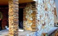 Фасадный декор в загородном строительстве