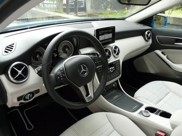 Mercedes-Benz A180-1