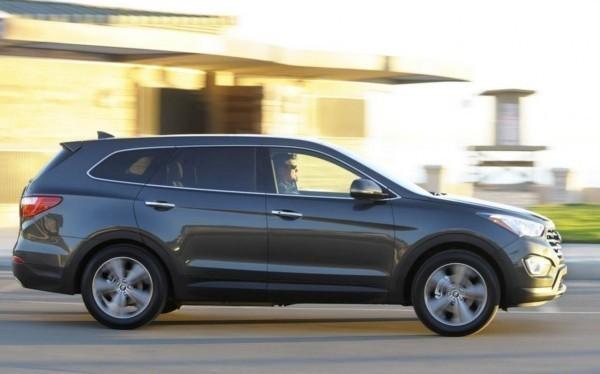 Hyundai-Grand-Santa-Fe-1