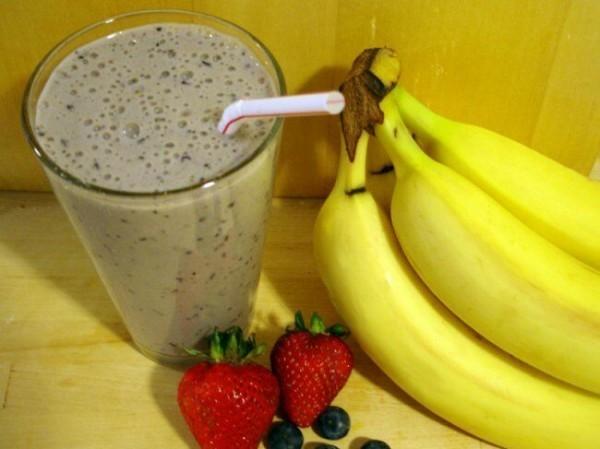 1378389953_banana-berry-protein-shake2