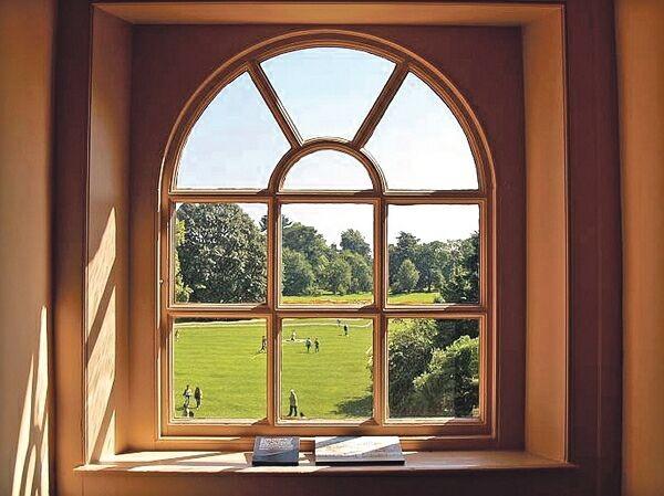 Преимущества и минусы деревянных окон