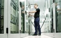 Чем отличается виртуальный хостинг от физического?