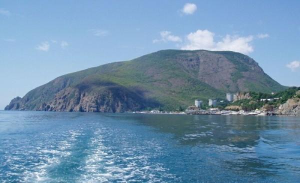 Медведь гора полуостров Крым