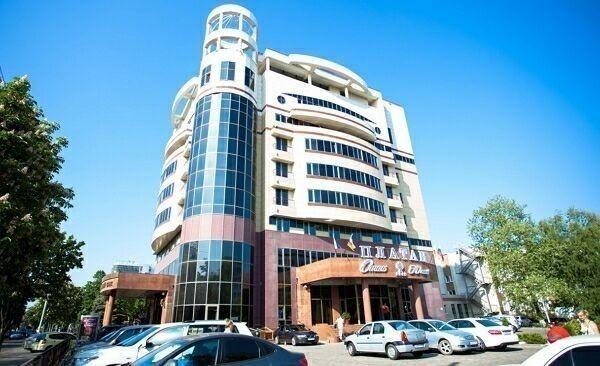 Отель Платан Южный 2011 год