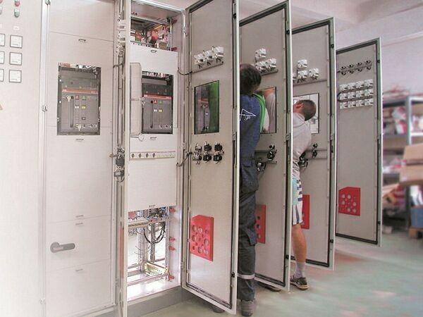 электромонтажные шкафы