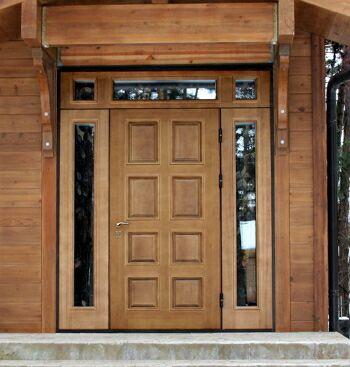 серые двери для дома