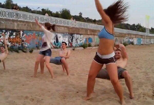 танец Реггетон