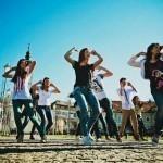 Танцуй, пока молодая: польза танцев для женщин
