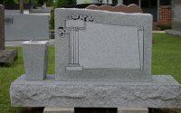Материал для памятников: какой лучше выбрать?