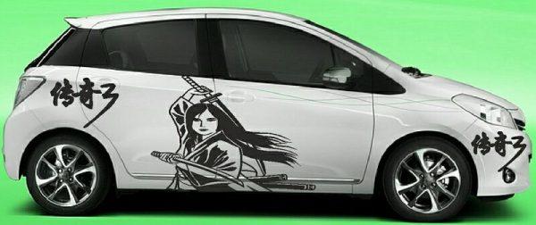 широкоформатная печать для автомобильных виниловых наклейках