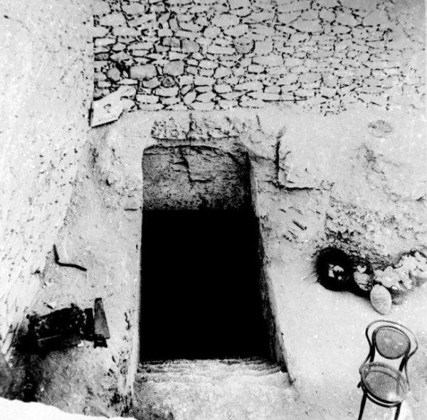 Поиски утерянной могилы