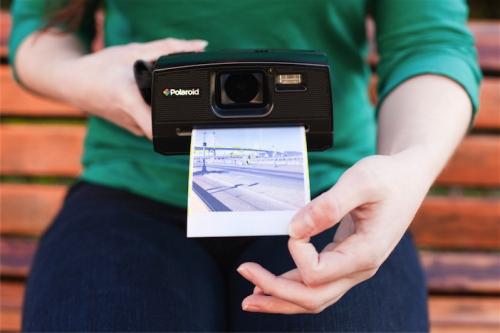 Как выбрать моментальный фотоаппарат?
