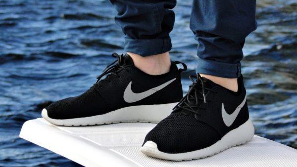 Купить оригинальные кроссовки Nike в Киеве в StepandStore