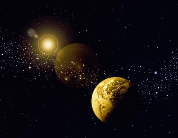 Возникновение и развитие стационарной модели вселенной