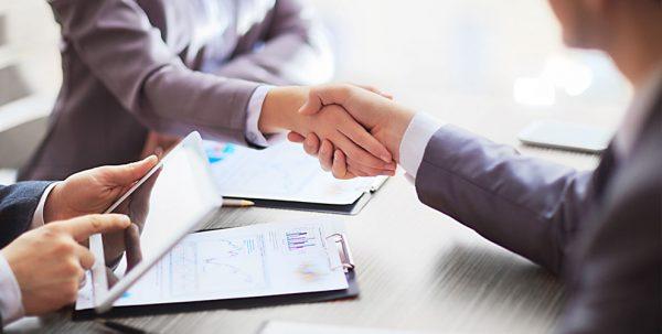 Услуги профессионалов в сфере налогового консалтинга