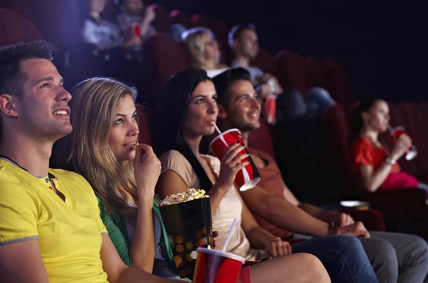 Какой выбрать фильм для просмотра с друзьями?