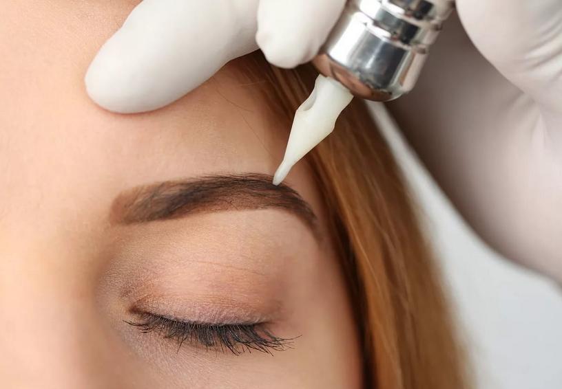 Плюсы и минусы перманентного макияжа