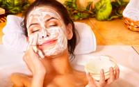 Как правильно использовать увлажняющую маску для лица