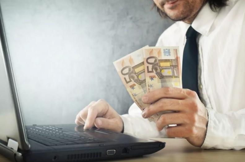 Как с выгодой зарабатывать в интернете