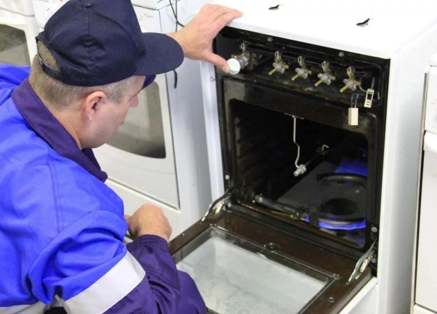 Что необходимо предпринять при поломке газовой плиты