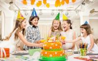 День Рождения ребенка где приобретать подарки для своих маленьких домочадцев