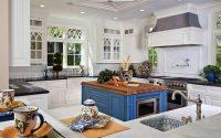 Её величество кухня- выделяем чистоту и нежность при помощи правильного выбора белого цвета при отделке кухни!