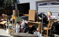 Утилизация старой мебели: производить самому или обратиться к сервису