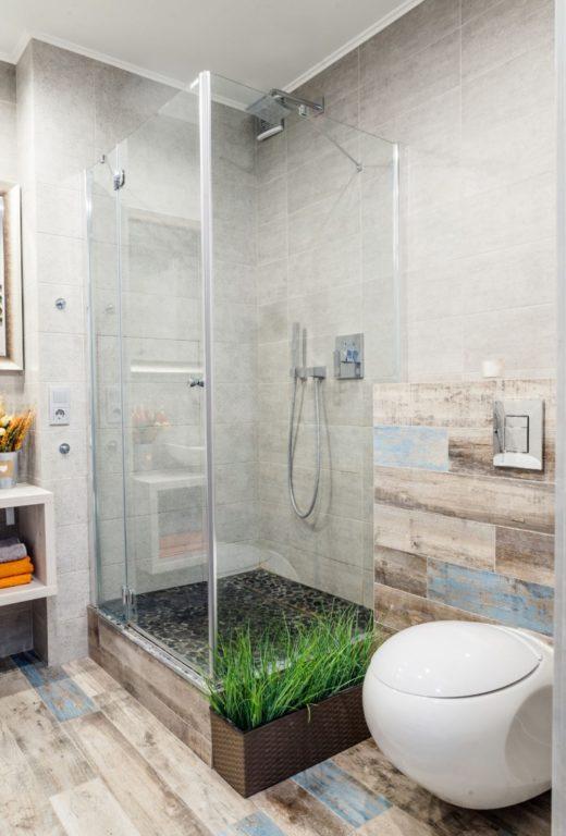 Круглый-туалет-инсталляция-вместе-с-душевой