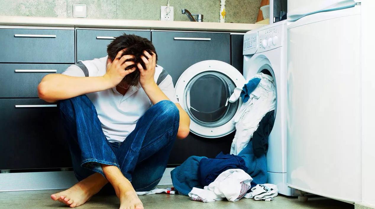 Стиральная машина не отжимает: что делать?