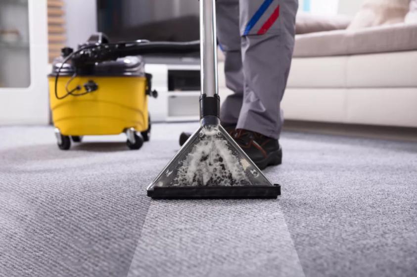 Химчистка ковров: преимущества и особенности процедуры